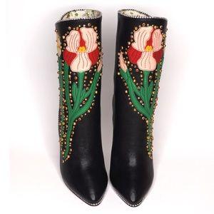 Gucci 2017 Runway Floral Appliquéd Leather Boots